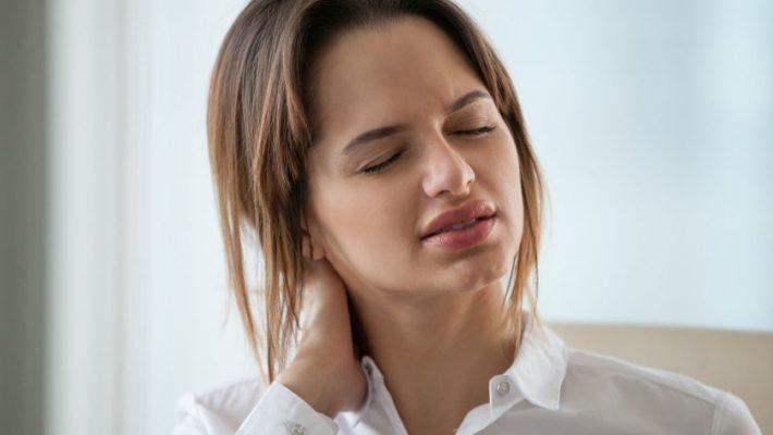 Torcicollo: sintomi e rimedi
