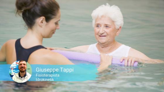 Benefici dell'idrokinesiterapia associati al galleggiamento e alla mobilizzazione attiva